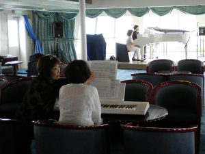 船上ピアノレッスン